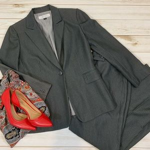 Tahari Grey Pinstripe Pants Suit - Sz 6P (altered)